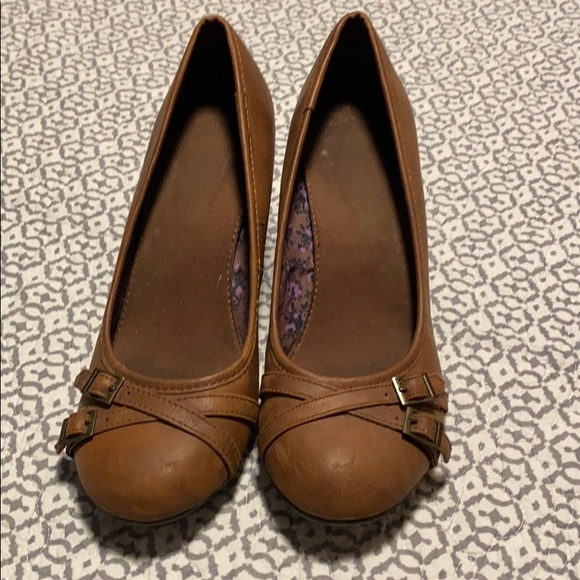 American Eagle Outfitters Shoes - American eagle wedge